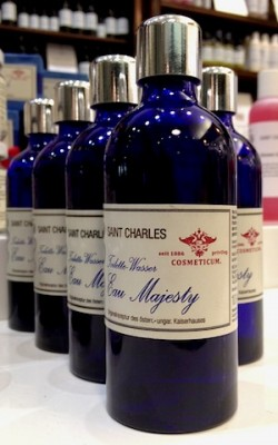 Eau Majesty Bottle